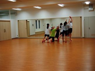 ダンス部も大会に向けて励んでいます!